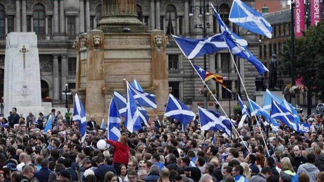 Escocia vuelve a impulsar un referéndum de independencia