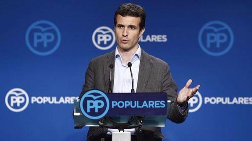 El PP sigue defendiendo al presidente de Murcia pese a estar entre la espada y la pared
