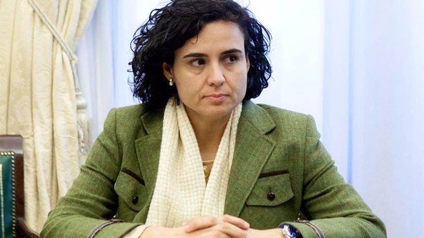 Montserrat defiende a la directora del Instituto de la Mujer pese a no 'acertar' sobre violencia de género