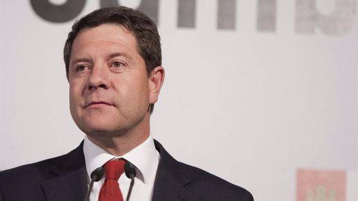 Emocionada despedida del presidente Emiliano García-Page a la fallecida consejera de Fomento