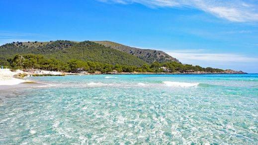 El 35,78% de los españoles que viajan en Semana Santa eligen un destino de playa