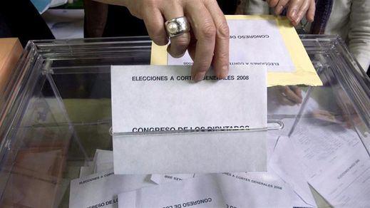 Sondeo electoral: el PSOE, muy cerca de disputar a Podemos el liderazgo de la oposición
