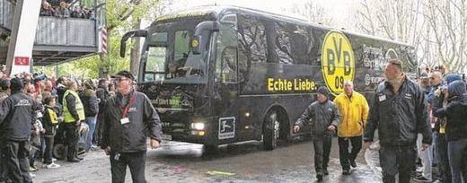Atentado en Dortmund: un explosivo alcanza al autobús del Borussia, equipo local