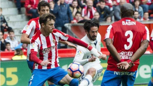 Madrid y Barça sufren pero ganan con idéntico tanteo a Sporting (2-3) y Real Sociedad (3-2)