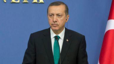El régimen turco horroriza al mundo con un posible fraude en el referéndum que proclama 'dictador' a Erdogan