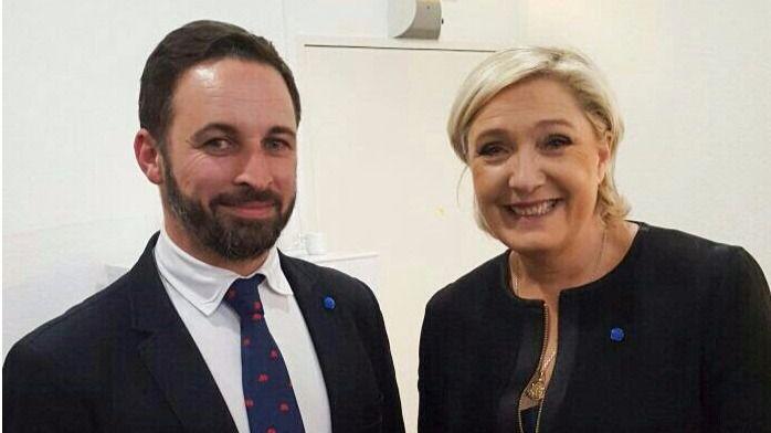 Las claves de la alianza 'Vox-Frente Nacional': un 'matrimonio' de la ultraderecha española y francesa