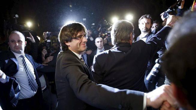 El Gobierno catalán lanza su órdago final: firma un manifiesto para comprometerse a celebrar el referéndum pase lo que pase