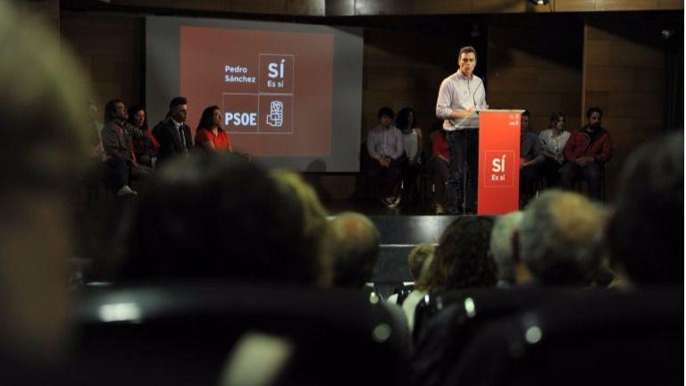 Pedro Sánchez hace doblete en su campaña en Cataluña, a la que inisiste en calificar de 'nación'