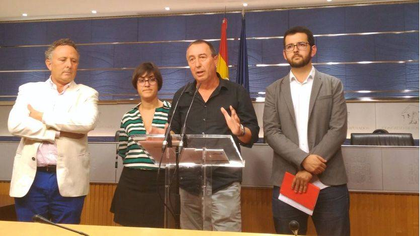 Compromís señala a Rajoy: 'En un país serio, la moción de censura estaría encima de la mesa'