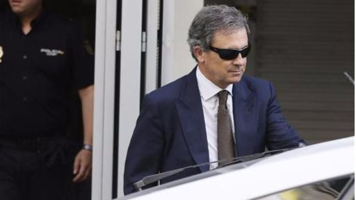 Jordi Pujol Ferrusola se ve como un personaje berlanguiano de 'La escopeta nacional: el que