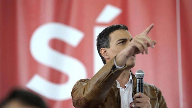 Pedro Sánchez pide a Rajoy que dimita
