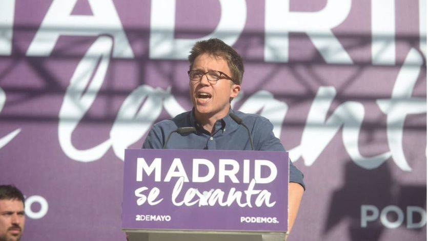 Iglesias y Errejón muestran unidad para impulsar las mociones de censura contra Rajoy y Cifuentes