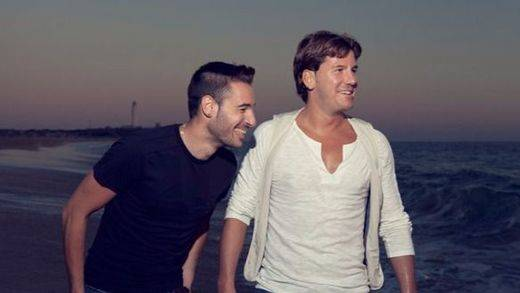 Andy y Lucas se ponen veraniegos con su última canción: 'Quiero la playa' (vídeo)