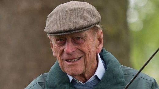 Anuncio bomba de la Casa Real británica: el duque de Edimburgo: se 'retira'