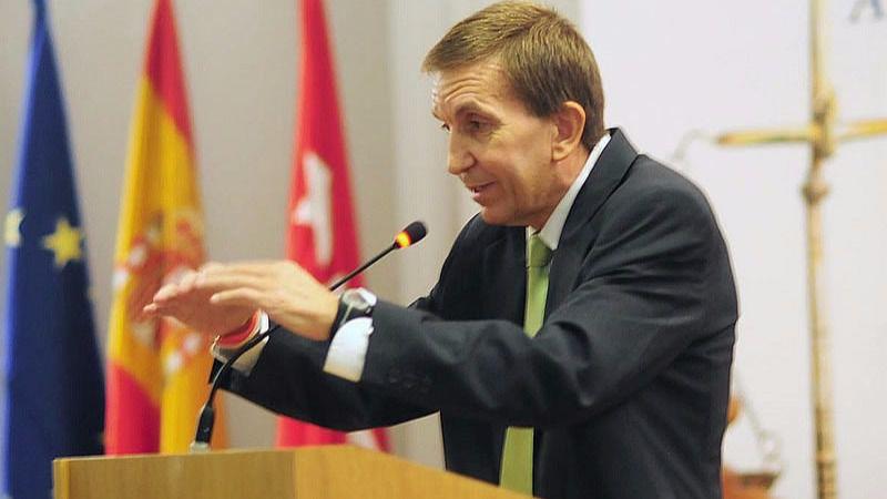 El fiscal Anticorrupción quiere ahora 'matar al mensajero' y se queda solo
