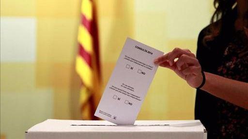 La Generalitat va en serio: ya prepara la compra de las urnas para el referéndum