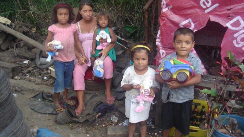 Niños de 14 países se beneficiarán de la campaña 2017 'Un juguete, una ilusión'