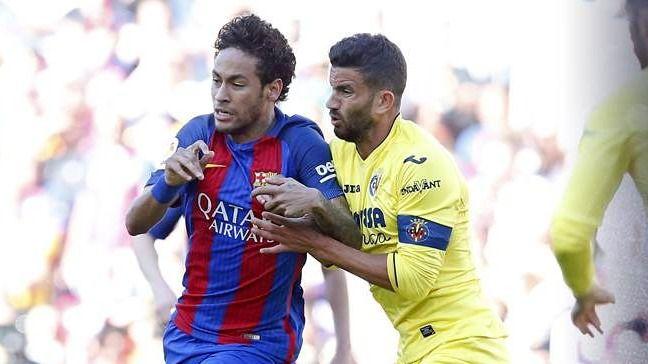 El Barça persigue su objetivo a paso firme: 4-1 al Villarreal