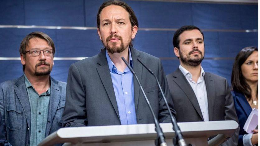 Los dos grandes escenarios que debate Unidos Podemos para presentar la moción contra Rajoy