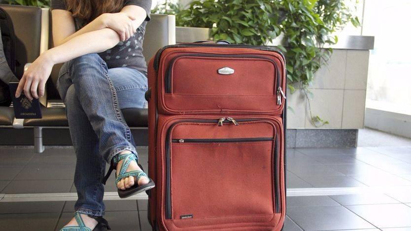 Más de dos meses de espera para renovar el DNI y pasaporte: ¿qué hay detrás?