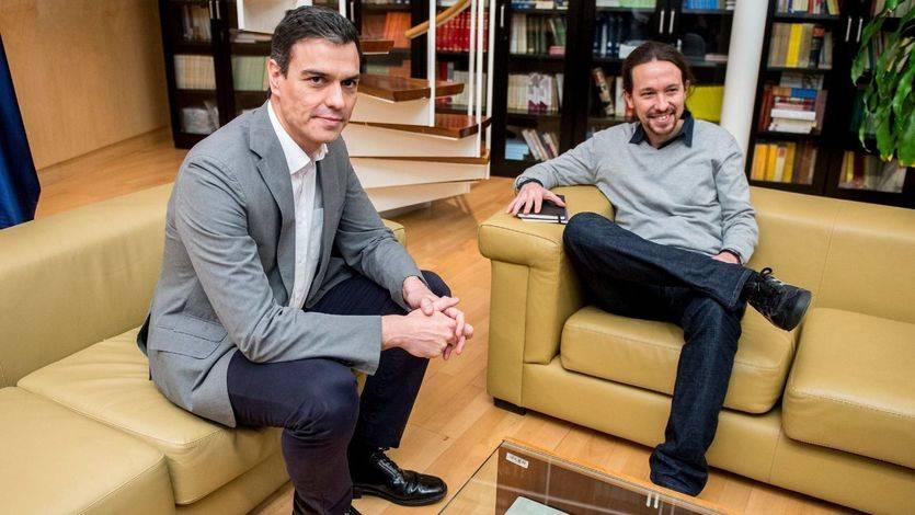 Pedro Sánchez, aún líder del PSOE, durante las negociaciones para su investidura