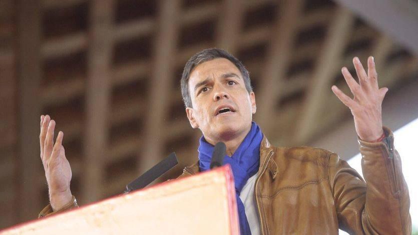 Sánchez se defiende: 'Aquí el único volantazo es el que se dio en octubre, cuando se apoyó al PP'
