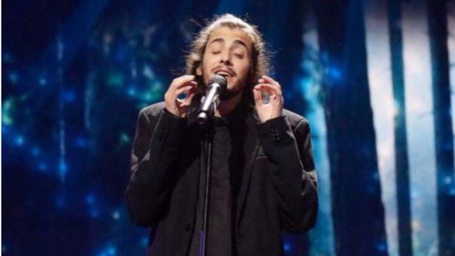Eurovisión: 'petardo' español con Manel, y su 'gallo', último y victoria de Portugal (vídeos)