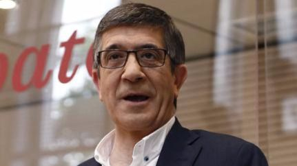Patxi López, el candidato 'pegamento', entre dos aguas