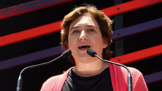 Ada Colau acusa al Gobierno de echar una mano a Convergència con el 'caso Palau'