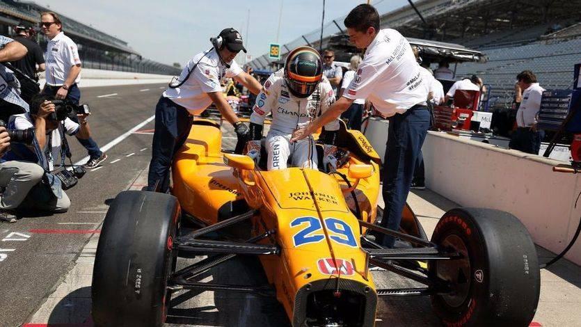 Alonso sorprende en Inidianápolis con un prometedor cuarto puesto en los entrenamientos
