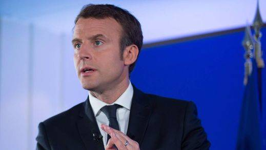 Macron termina de tejer un gobierno de varios colores y lleno de contrastes políticos
