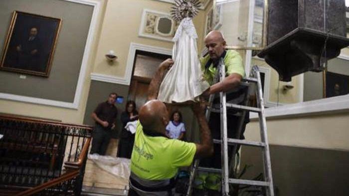 Los tribunales avalan que se retire la imagen de una Virgen de un Ayuntamiento no vulnera 'derechos ni sentimientos religiosos'