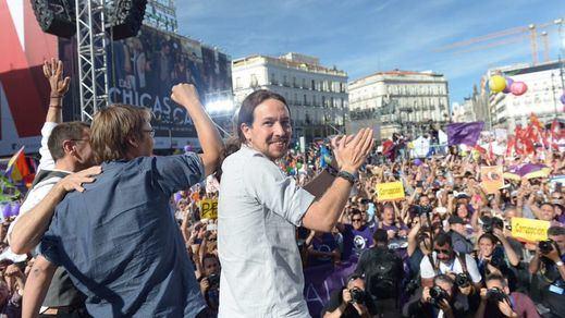 Unidos Podemos celebra una victoria social de la moción de censura sin rebosar Sol
