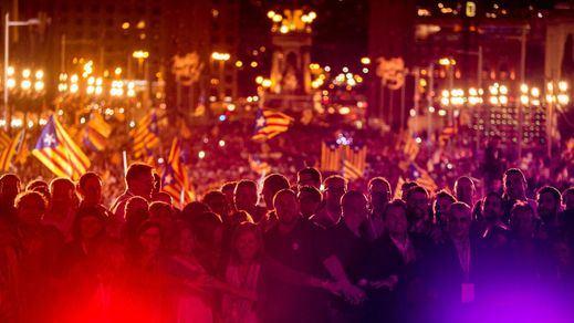La 'ley de ruptura' catalana irrumpe en la actualidad nacional: así se romperá con España