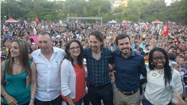 Compromís propone a Podemos un 'plan B' para retrasar la moción de censura e intentar sumar al PSOE