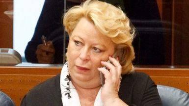 Dimite otro diputado de Cifuentes: Josefa Aguado, imputada en el 'caso Gürtel'