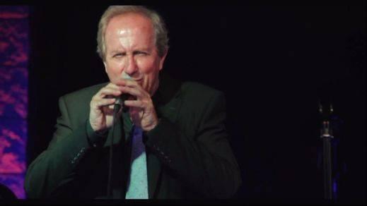 El polifacético director de cine Javier Elorrieta versionea en jazz el concierto de Aranjuez