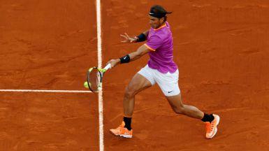 Nadal cumple el guión: derrota sin problemas a Paire (6-1, 6-4 y 6-1)