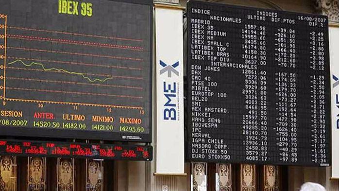 El Ibex 35 comienza la semana con ligeros descensos