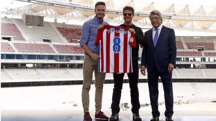 El Atlético de Madrid presenta a su 'fichaje' estrella: Tom Cruise (vídeo)