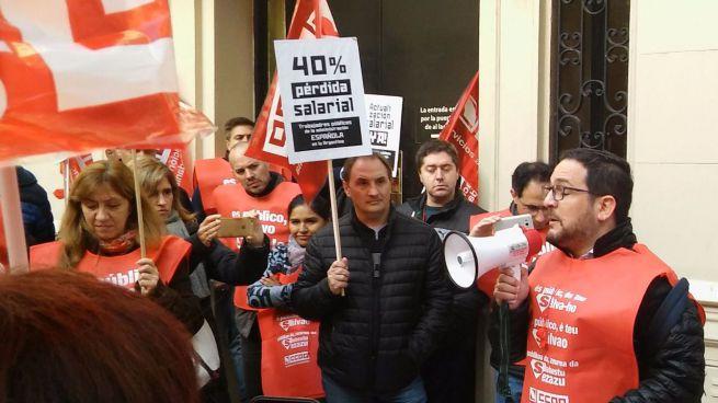 Los funcionarios españoles, de huelga en Argentina