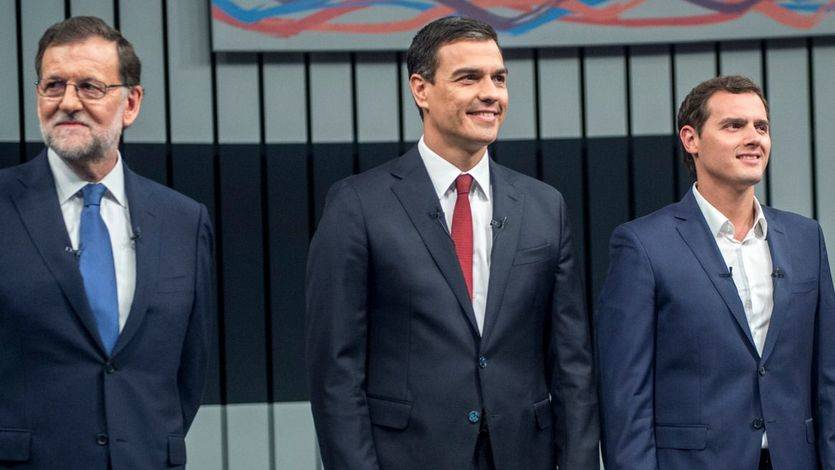 Rajoy, Sánchez y Rivera plasman una alianza constitucionalista para impedir el referéndum catalán