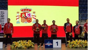 Más grandes éxitos paralímpicos: campeones mundiales de tenis de mesa (vídeo)