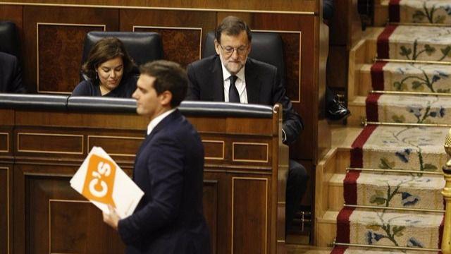 PSOE, Podemos y Ciudadanos cercan al PP con una comisión de investigación sobre su corrupción sin límites
