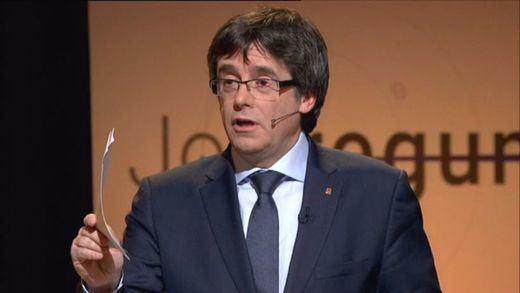 Puigdemont pretende explicar el referéndum en el Congreso con 'truco'