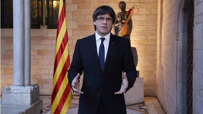 Puigdemont rectifica: ahora sí quiere ir al Congreso a dar explicaciones de su plan independentista... ¡pero sin votación!