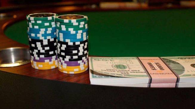 ¿Qué impuestos debes pagar por las ganancias en apuestas y poker online?: así tributan