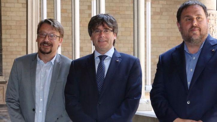 El partido de Ada Colau remarca a Puigdemont que rechaza un referéndum que no valdrá para nada