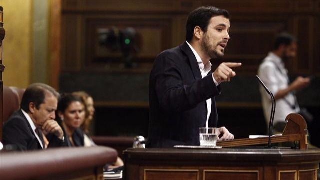 Garzón acusa al Gobierno de regalar '60.000 millones' a la banca con el rescate
