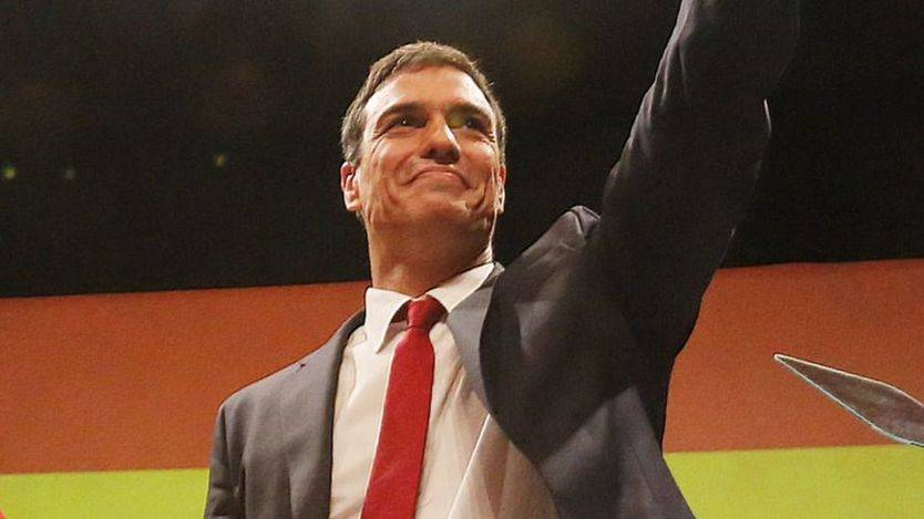 Sánchez amenaza a los alcaldes socialistas catalanes rebeldes: habrá sanciones si colaboran con el referéndum